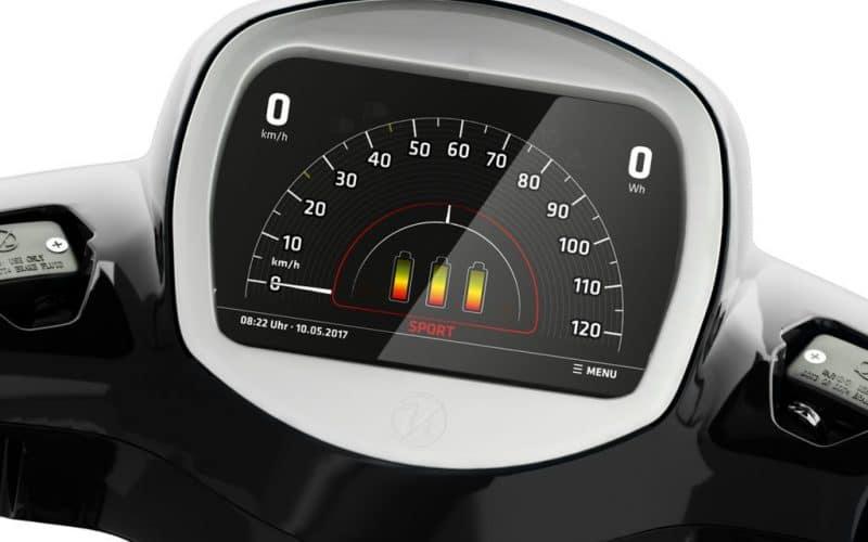 TFT 7 Zoll Touchscreen des Kumpan Elektrorollers 54 iconic